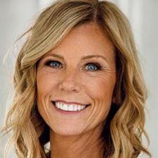 Kristie (Lightfoot) Mitchell