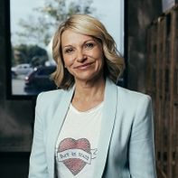 Debbie Penzone